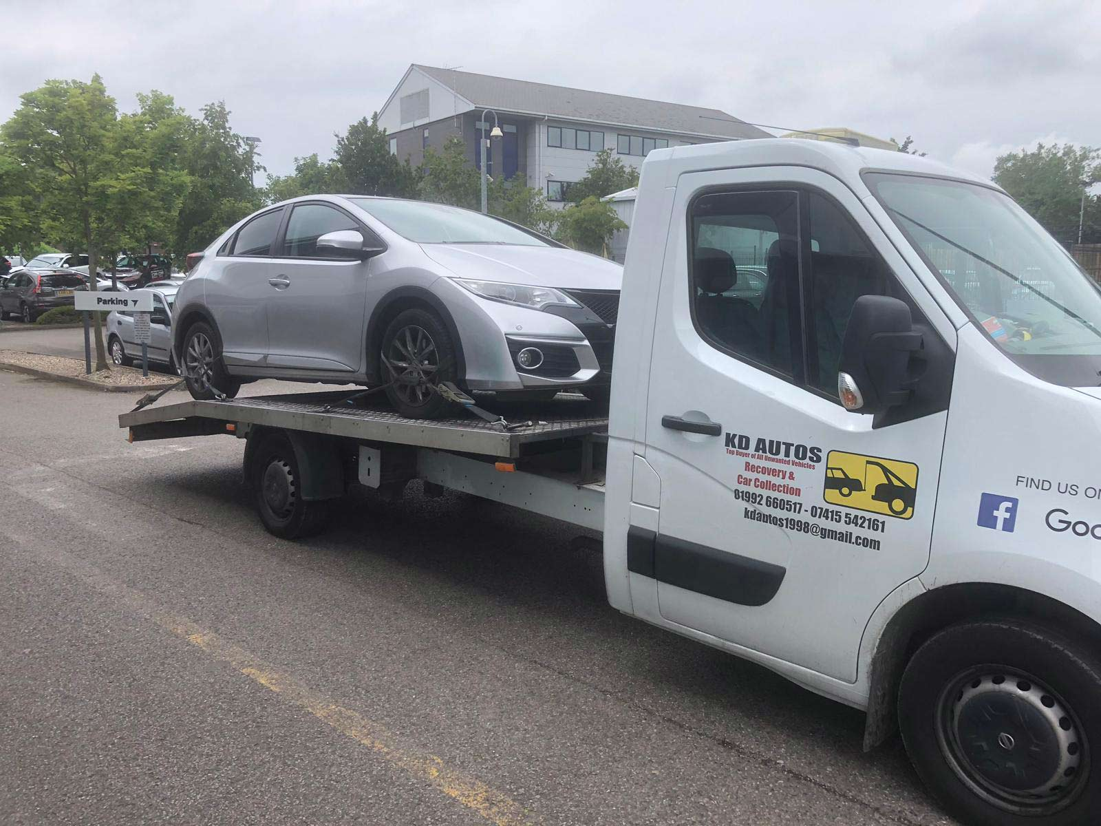 CAR RECOVERY AND BREAKDOWN SOLUTIONS
